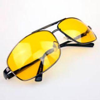 Специальные очки для вождения